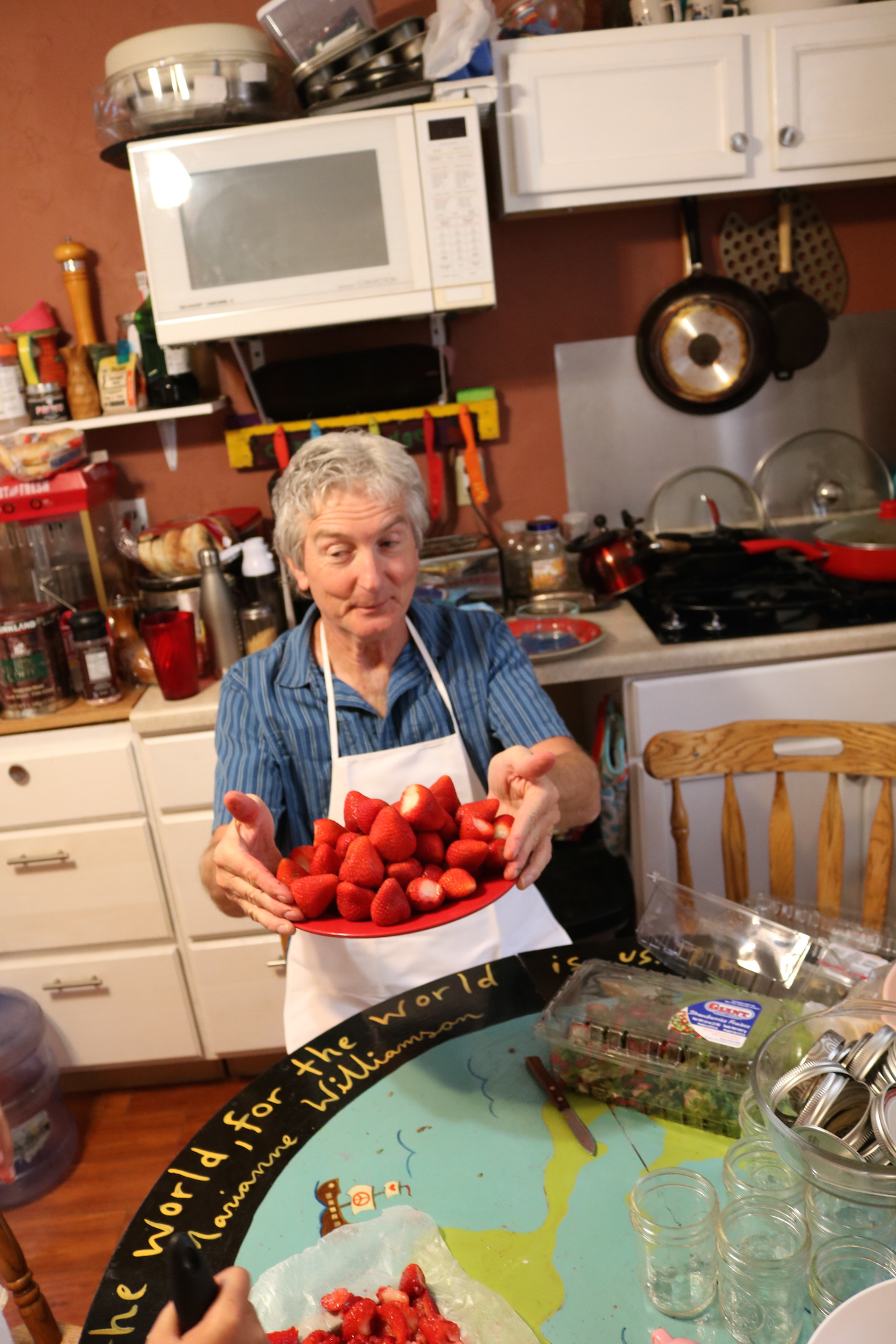 weeds in the am making jam in the pm pueblo house jimi shows off the berries